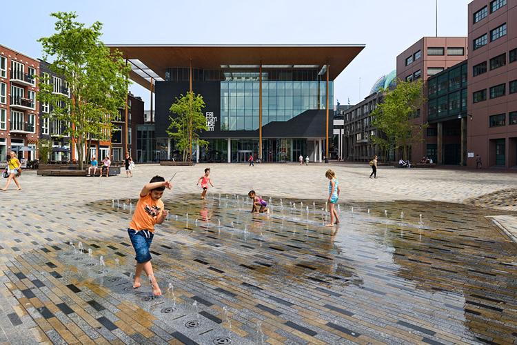 werk van bureau Hosper  (www.hosper.nl)  ; Zaailand- Wilhelminap